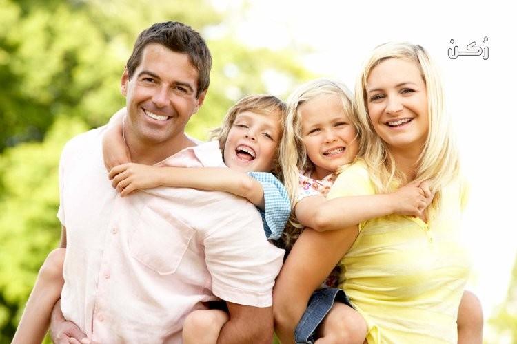 ما طرق العلاج النفسي للطفل في محيط الأسرة؟