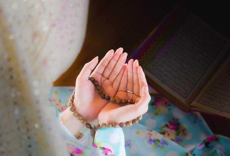 دعاء الزوجة الصالحة لزوجها في غيابه أو سفره أو وجوده