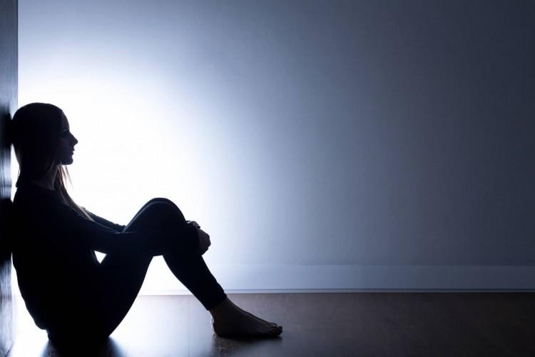 ماهو مرض التوحد؟ وما هي علاماته عند الكبار؟