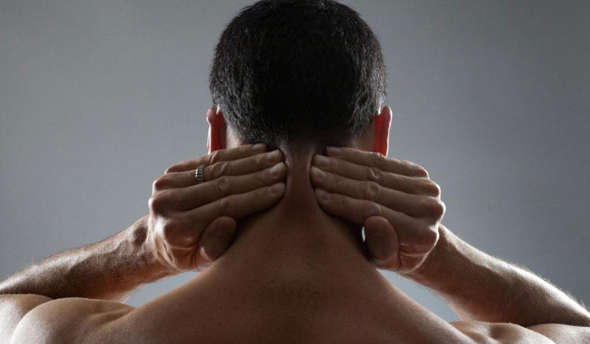 طرق علاج تصلب الرقبة والأكتاف