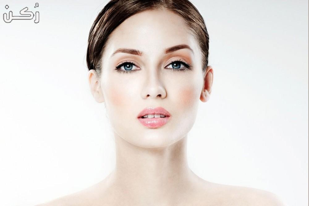 ماسكات طبيعية تساعد في تفتيح الوجه واليدين