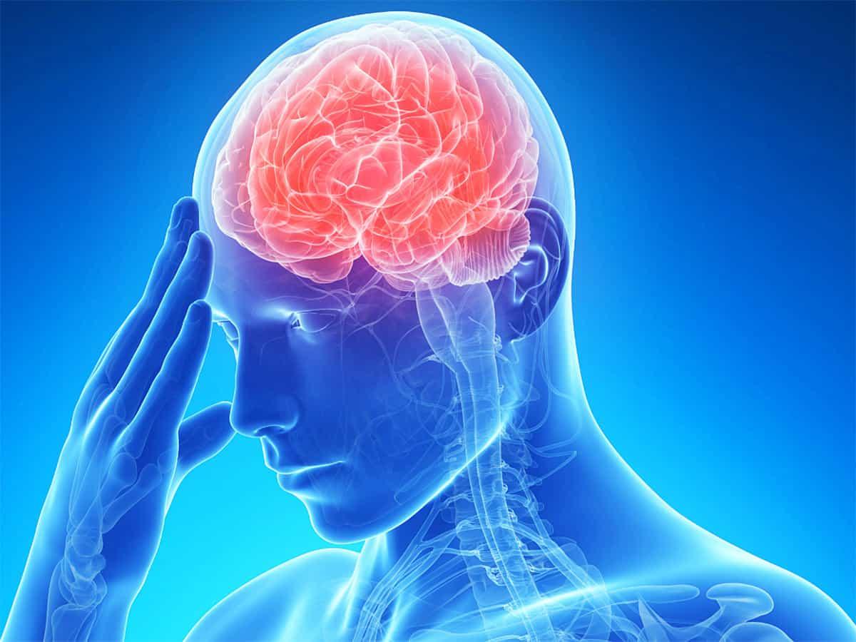 طريقة التعامل مع مريض السكتة الدماغية و ما هي أسباب الجلطة الدماغية