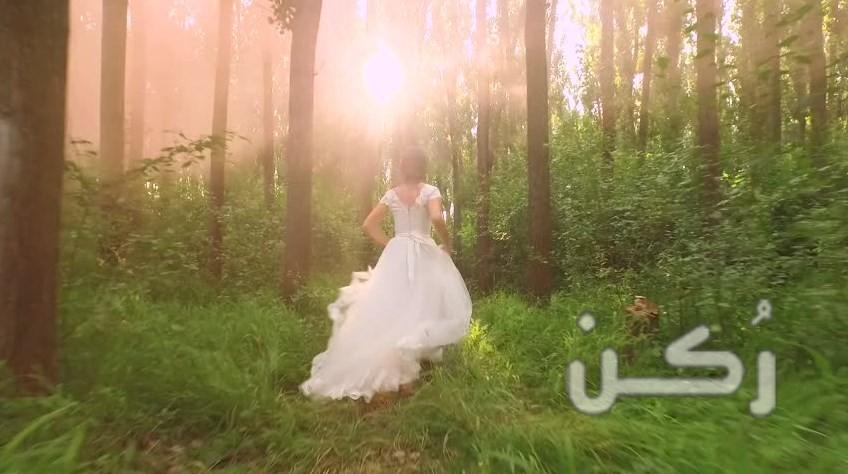 تفسير رؤية فستان الزفاف للعزباء أو المتزوجة في المنام