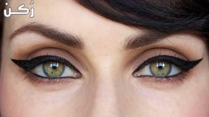ما هي الطريقة الصحيحة لرسم العين بالآي لاينر وافضل أنواعه؟