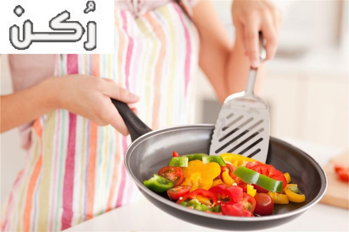 تفسير رؤية حلم الطبخ في المنام للعزباء والمتزوجة