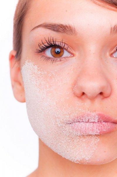 السكر والليمون لتنظيف الوجه