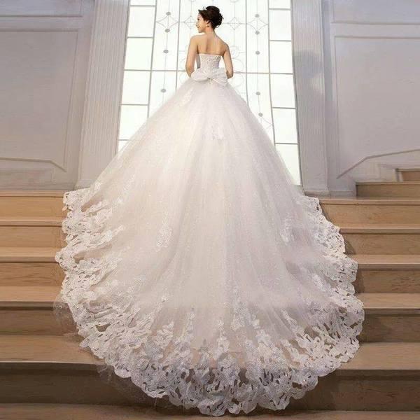 فستان زفاف لأخفاء الأرداف