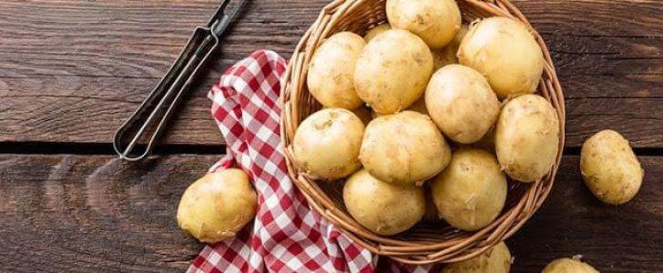 وصفات البطاطس لتفتيح البشرة وإزالة البقع الداكنة