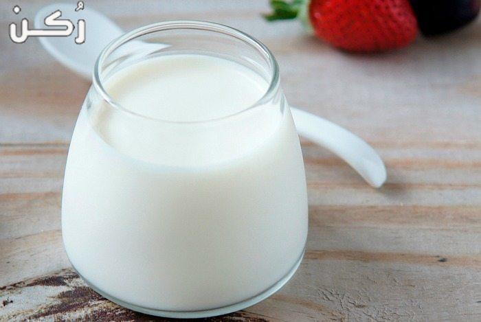الحليب لبشرة كبياض الثلج