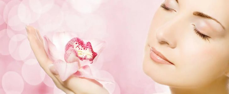 خلطات لتبييض الوجه والرقبة واليدين طبيعيا بطرق مجربة