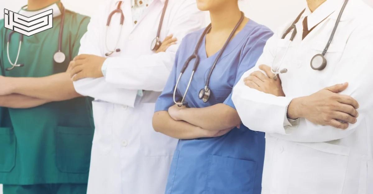 تفسير حلم رؤية الطبيب في المنام للرجل والمتزوجة والعزباء