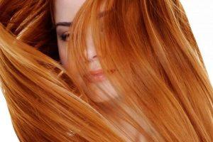 كيفية صبغ الشعر بالكركم وصفات لتلوينه بمكونات طبيعية