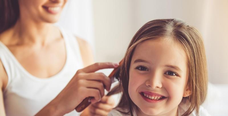خلطات لتطويل الشعر للأطفال
