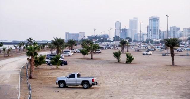 الفجيرة تقرر إعادة افتتاح الشواطئ والحدائق العامة