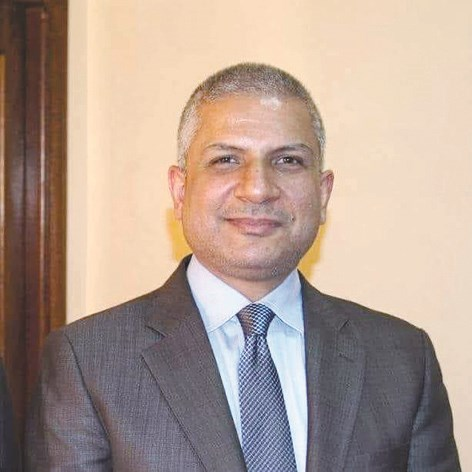 محمد الحسيني : الكويت سمحت بدخول الشاحنات العالقة في صفوان