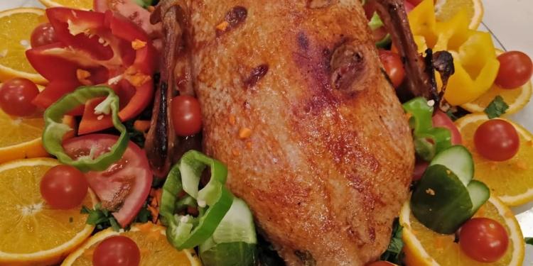 طريقة عمل البط الروستو بالخضروات بطريقة سهلة